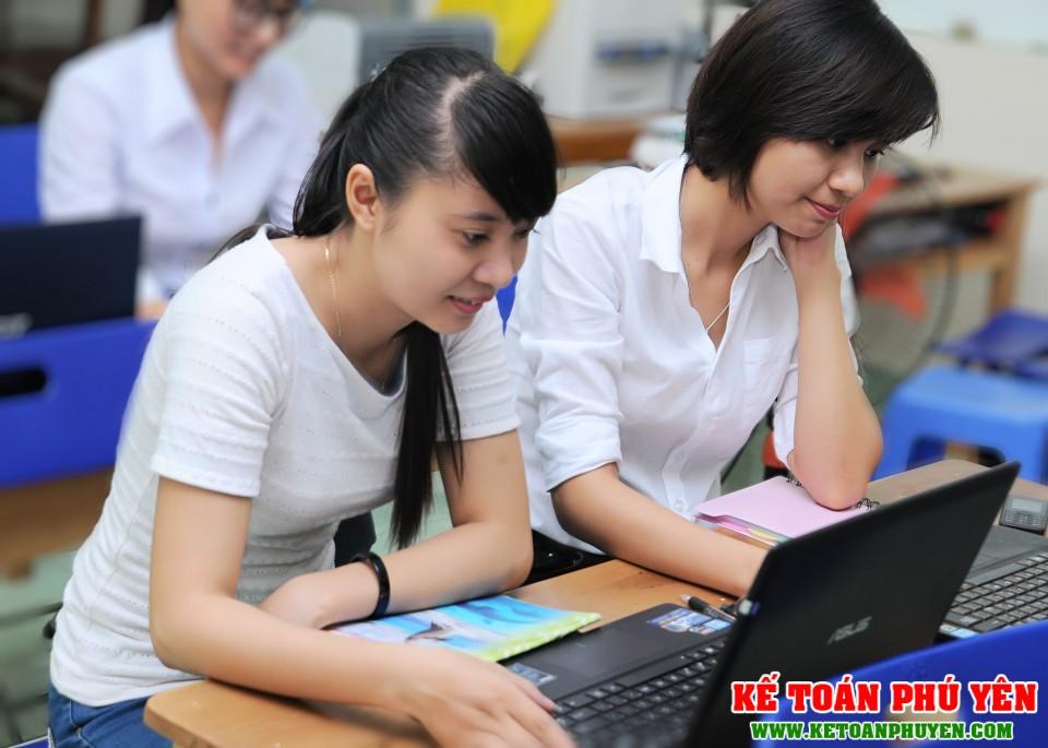 Khóa học thực hành kế toán tổng hợp nhà hàng khách sạn Phú Yên